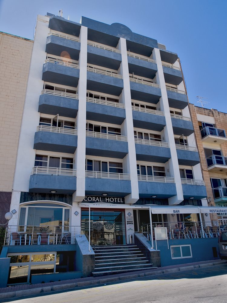 Canifor hotel book online for Hotels malte