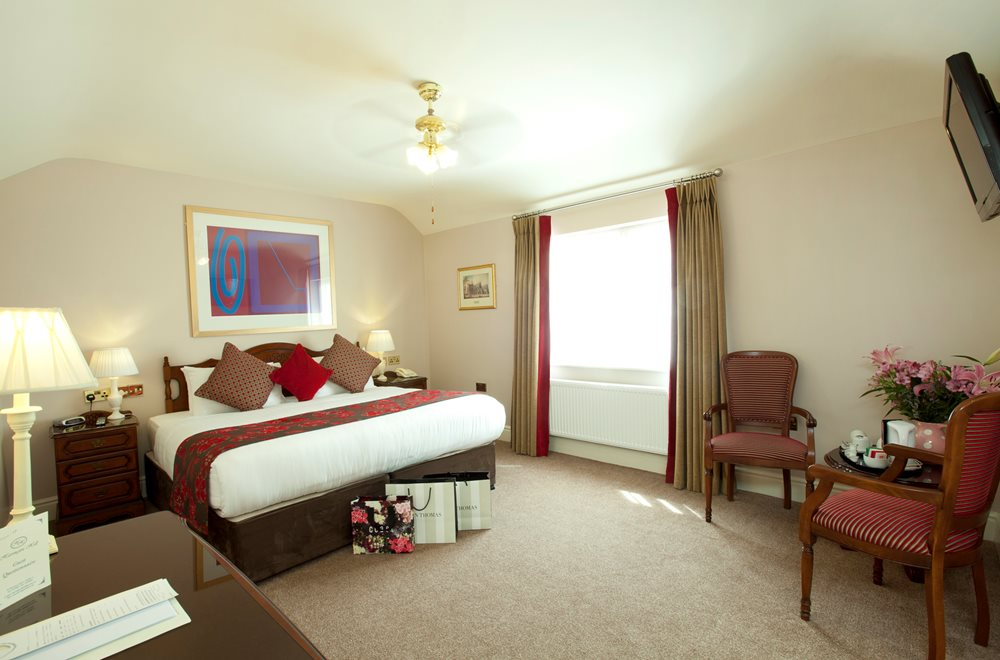 Manor house hotels book online for 20 rooms hotel