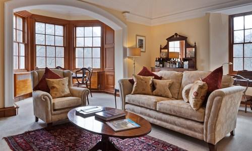 Suite  6 - One Bedroom Suite
