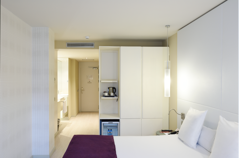 Hotel grums barcelona r servez en ligne for Chambre a 13 degres