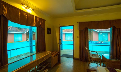 Pool side deluxe rooms